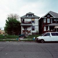 156_100-abandoned-houses1.jpg